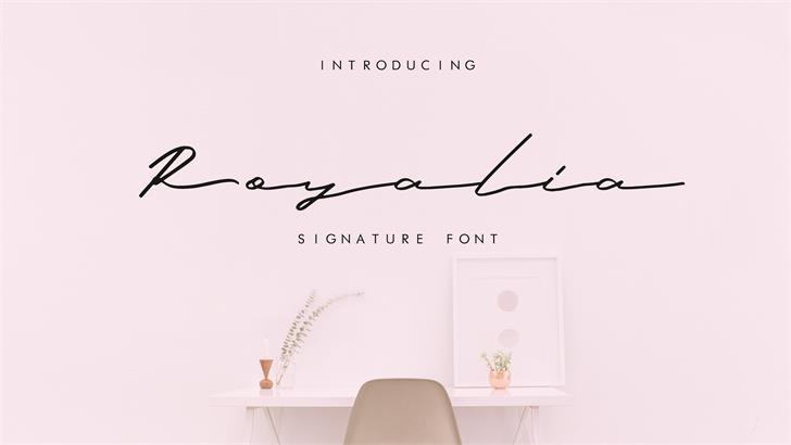 Image for Royalia font