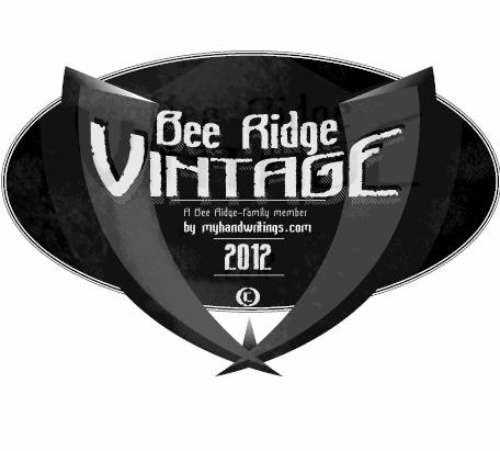 Bee Ridge Vintage font by Roland Huse Design