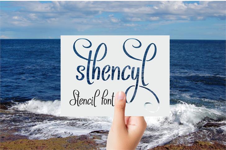 Sthencyl font by Eva Barabasne Olasz