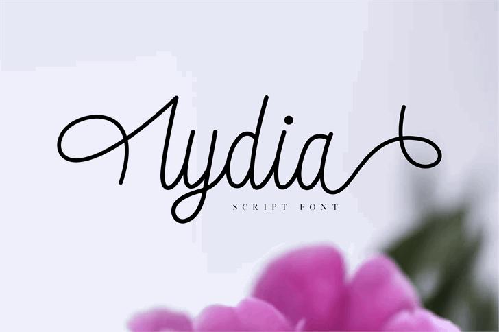 lydia Font flower design