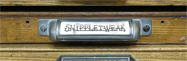 Snippletweak font by K-Type
