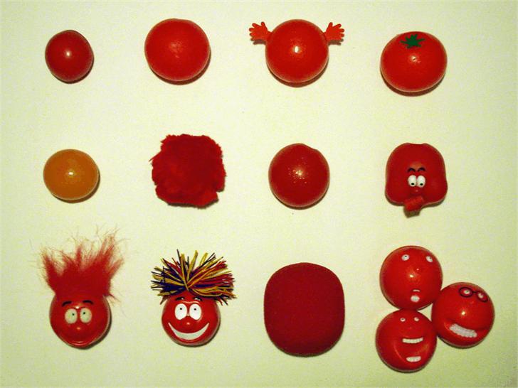 HONKUS Font red fruit