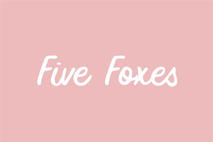 Five Foxes Font design graphic