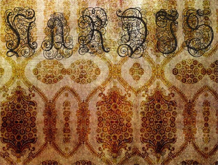 Nardis Font motif pattern