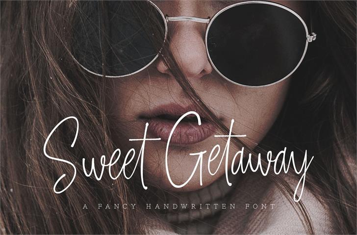 Sweet Getaway DEMO Font person glasses